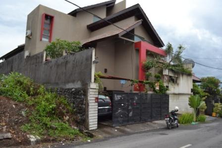 RJDP015 Dijual rumah Mewah di Gatsu Barat