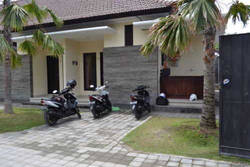 KSDP005 Disewa Penginapan murah di Denpasar, Bali. Fasilitas Lengkap