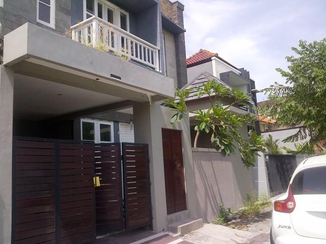 R1124 Rumah disewakan di Denpasar